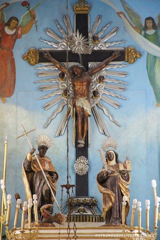 Altar da Igreja da Irmandade de Nossa Senhora do Rosário dos Pretos - Rio de Janeiro - RJ (no altar, Santo Elesbão e Santa Efigênia)