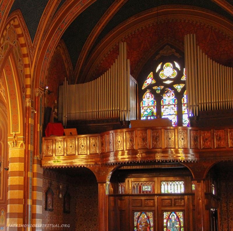 Coro e órgão