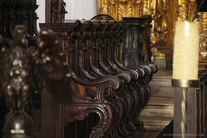 Estalas usadas pelos monges para as orações