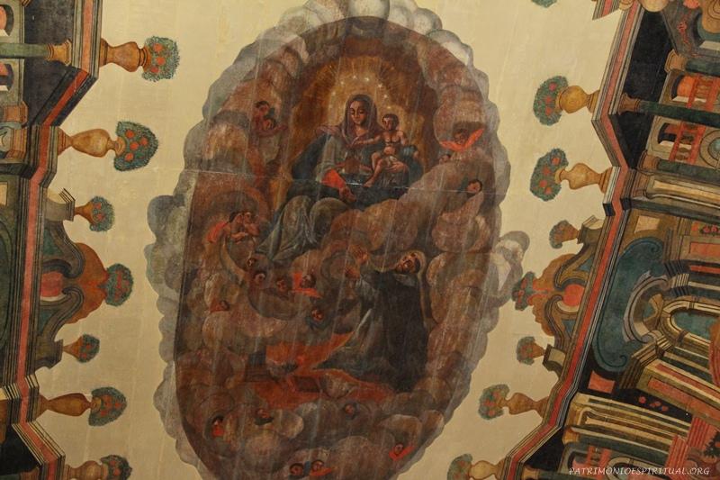 Pintura do forro - Nossa Senhora entrega o Rosário a São Domingos de Gusmão