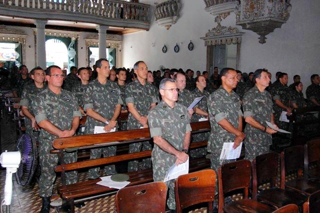Militares do Exército durante celebração de uma missa - Foto: Comando Militar do Nordeste