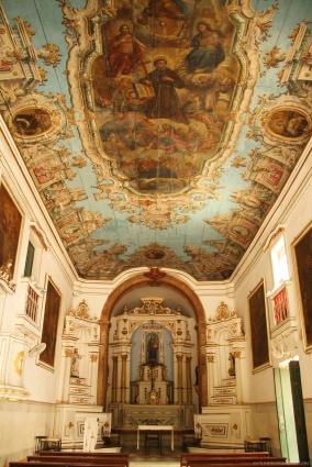 Resultado de imagem para igreja de santo antonio da barra em salvador