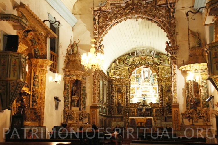 bom-jesus-do-monte-furquim-mariana-interior