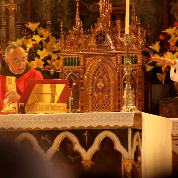 Missa na Basílica do Rosário