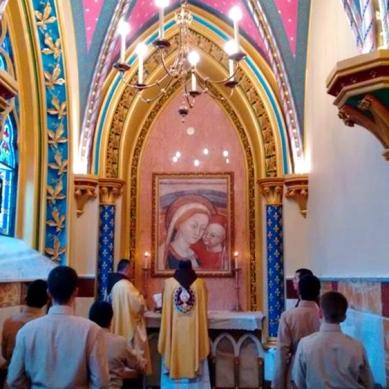 Missa em uma das capelas